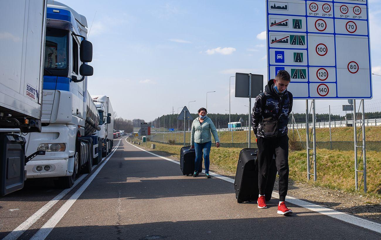 Эстония усилила охрану на границе из-за наплыва мигрантов
