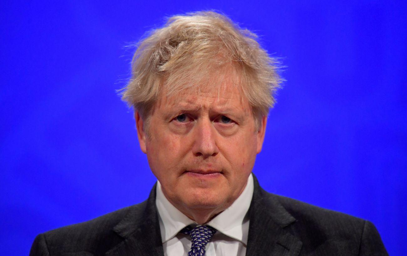 Премьер Великобритании заявил, что поддерживает демократию и народ в Беларуси