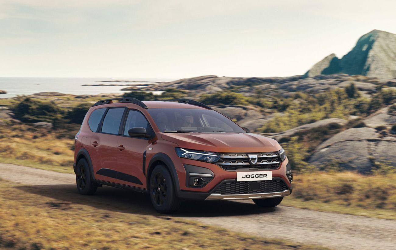 Ждем в Украине под маркой Renault: семиместный универсал Dacia Jogger показали официально