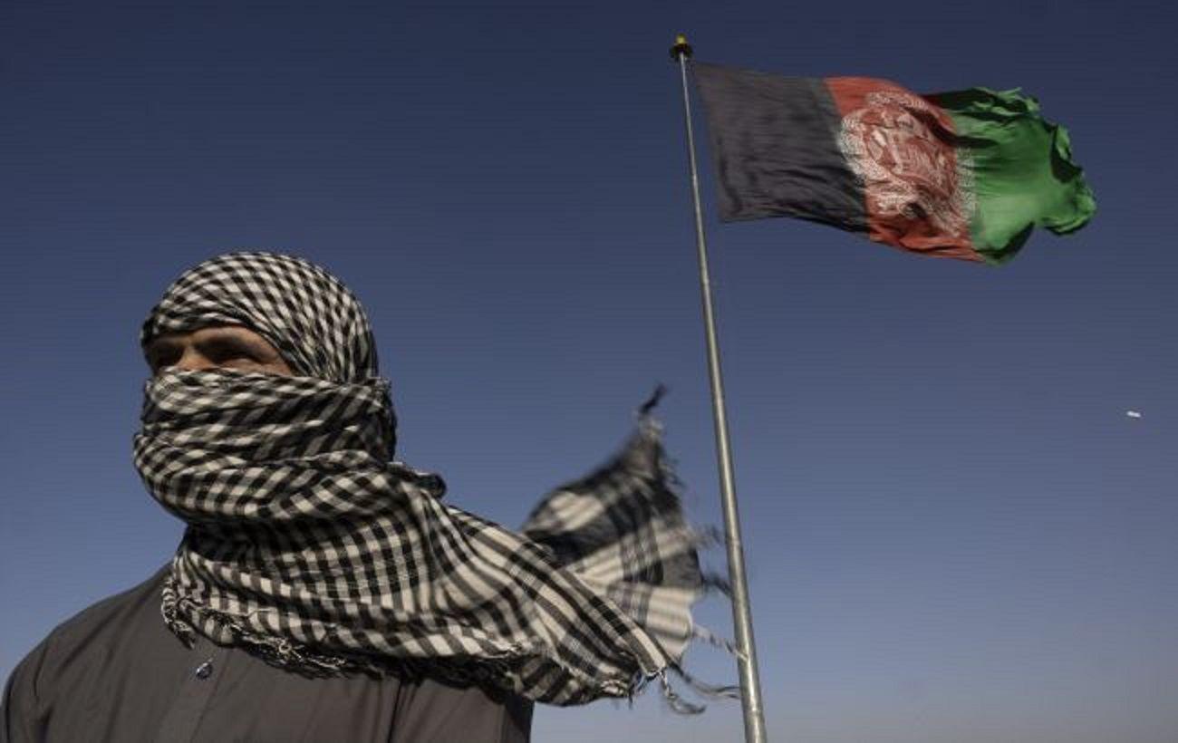 Катар обсуждает с талибами открытие гуманитарных коридоров для доставки помощи в Афганистан