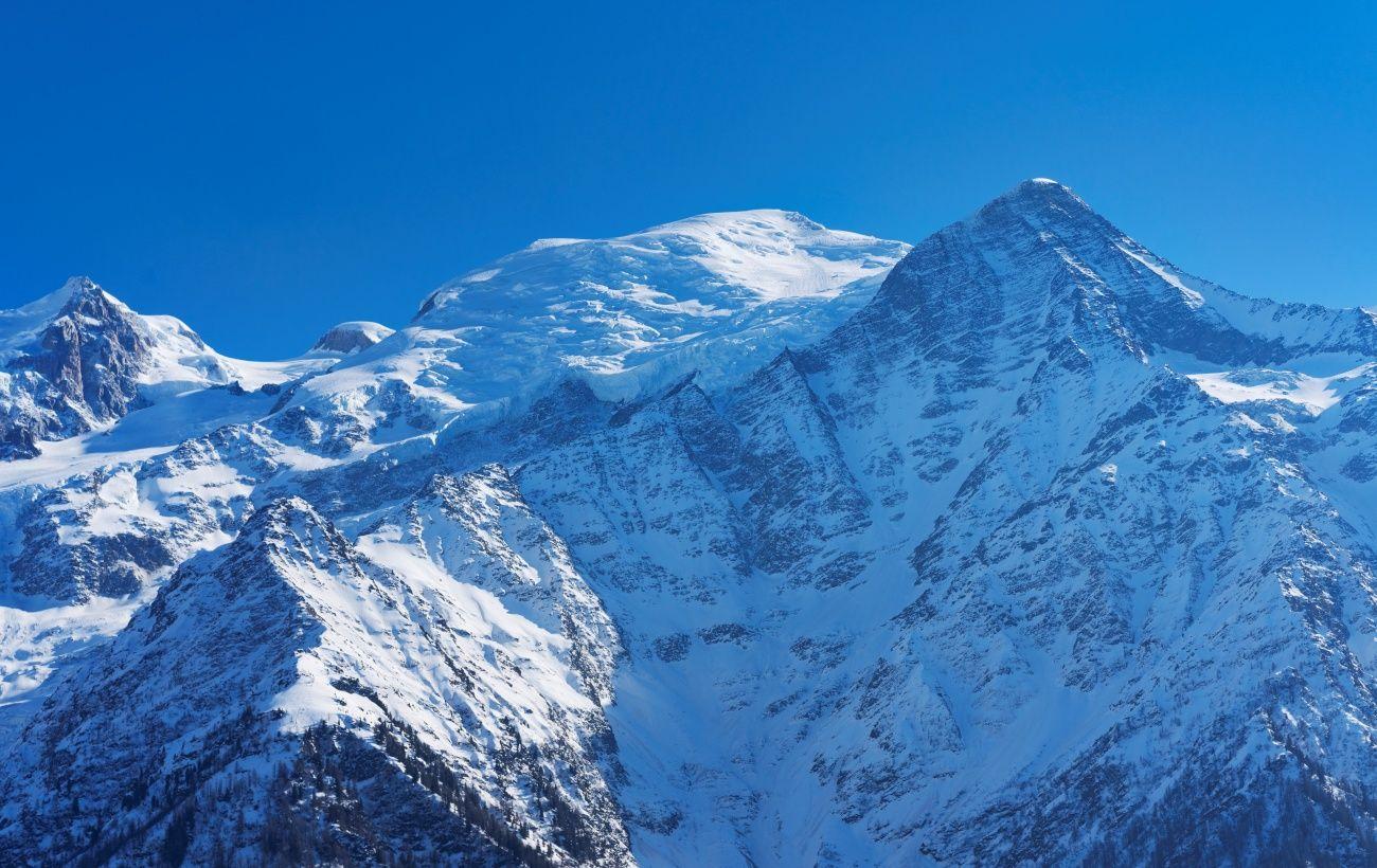Самая большая гора Западной Европы продолжает терять высоту
