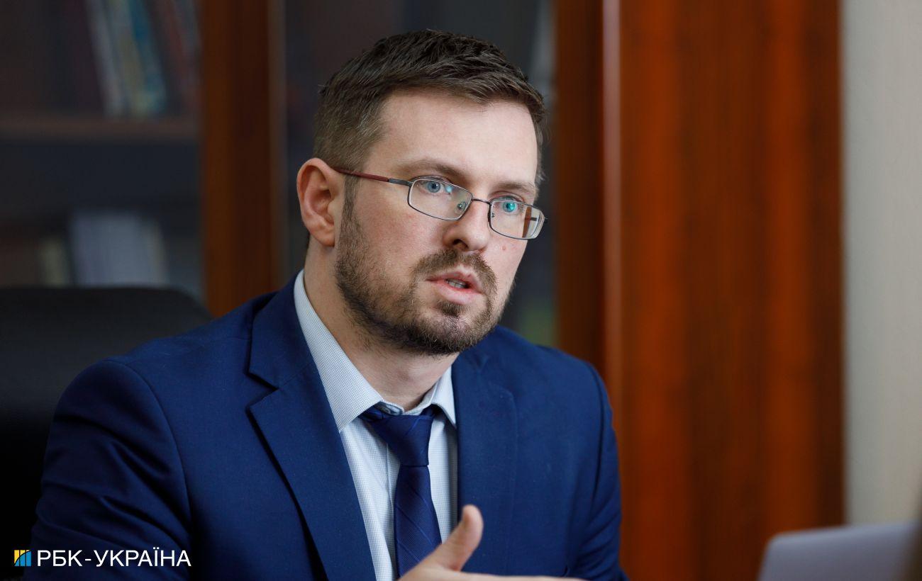 В Украине пик коронавируса продлится месяц: названы сроки