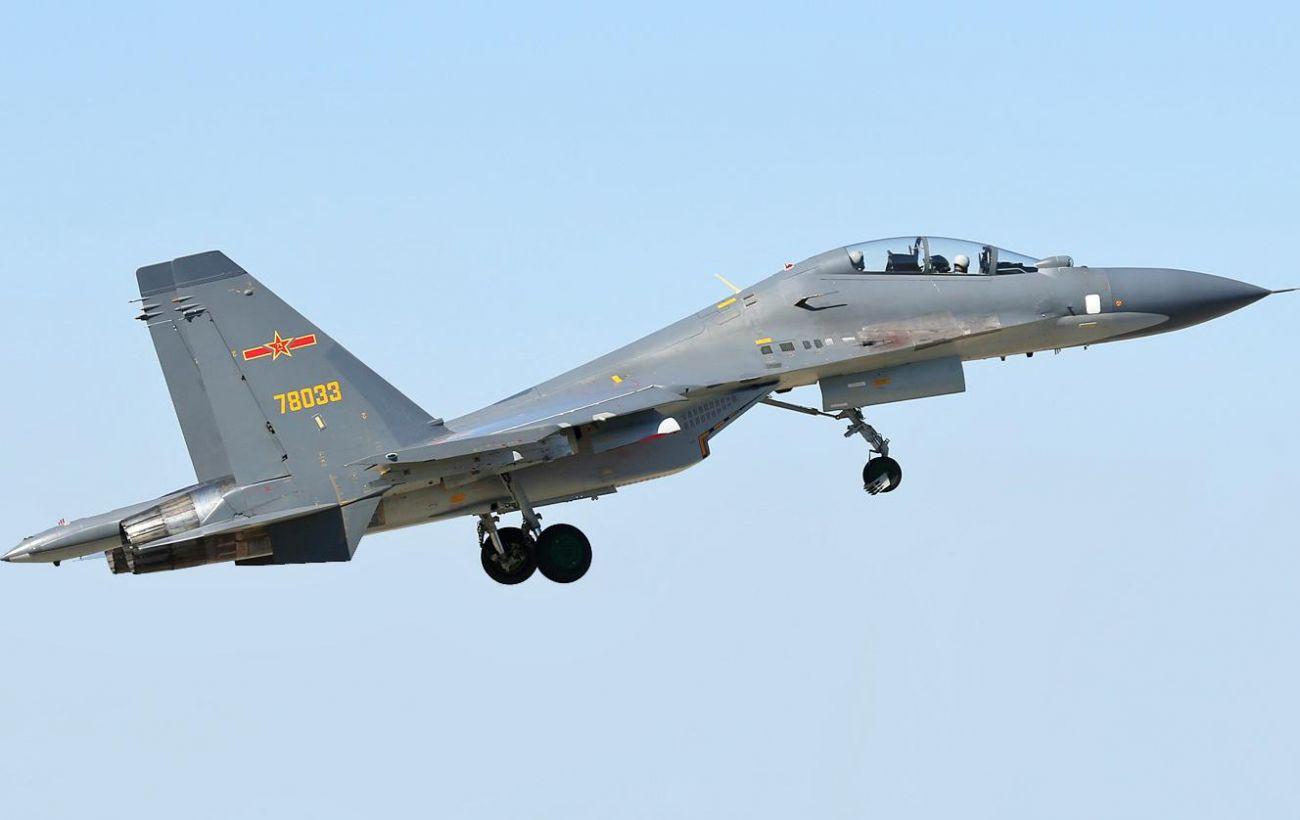 Китай отправил почти 60 боевых самолетов в зону противовоздушной обороны Тайваня