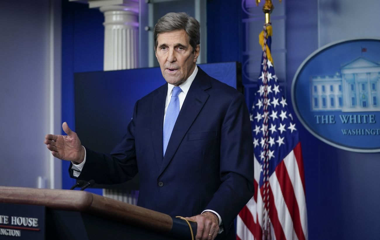 Отношения США и Китая затрудняют переговоры по климату, - Джон Керри